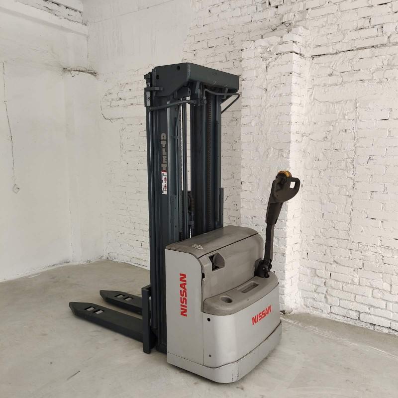 Штабелер электрический самоходный NISSAN Atlet  2т 4.8м