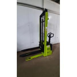 Штабелер електричний самохідний Lifter 1.2 3.38м