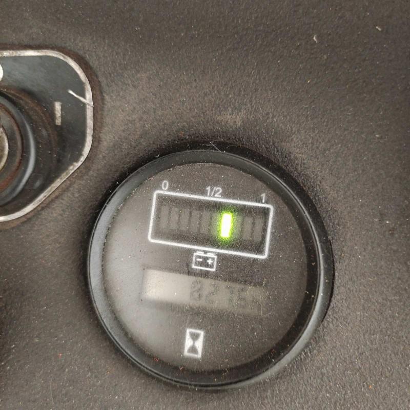 Штабелер електричний повідковий б / у Komatsu 2т 4,4м