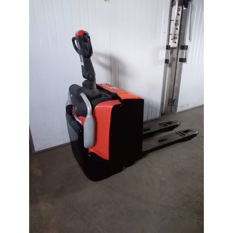 Електровізок TOYOTA BT LPE 200 2000 кг 2014/2015