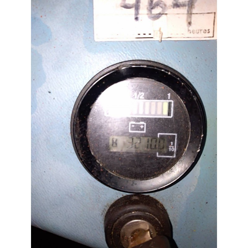 Штабелер электрический самоходный HYSTER 1.2 2,8м