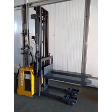 Штабелер электрический самоходный NISSAN Atlet TS 140 1.4 т 3.05 м Весы от 1 кг