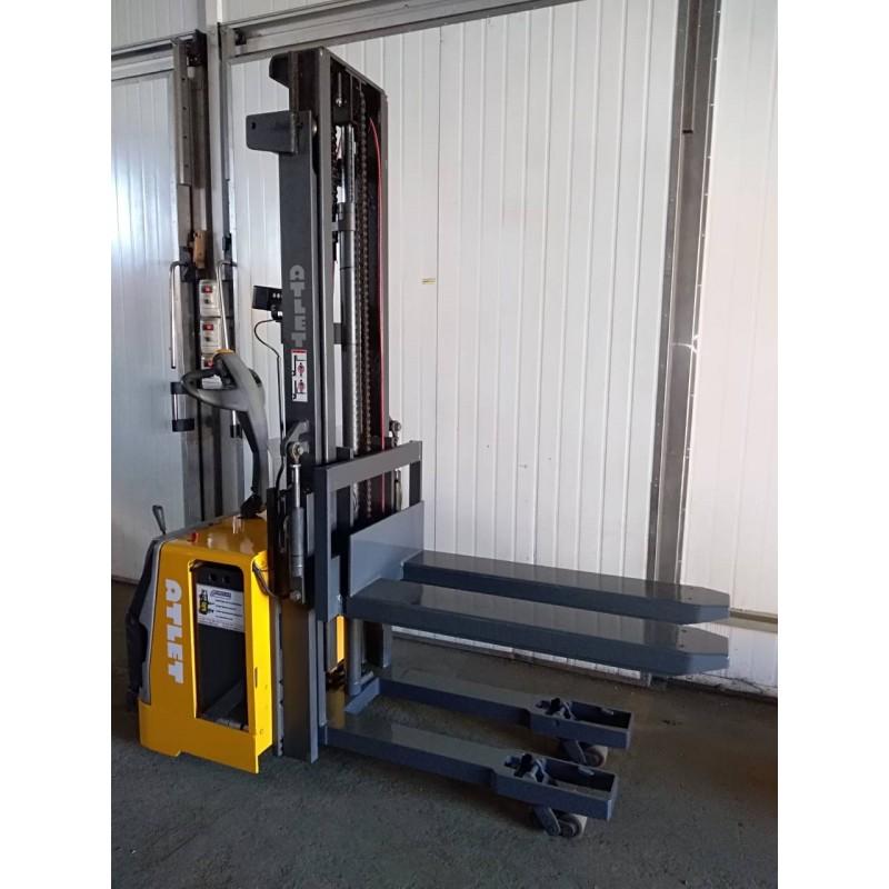 Штабелер електричний самохідний NISSAN Atlet TS 140 1.4 т 3.05 м Вага від 1 кг