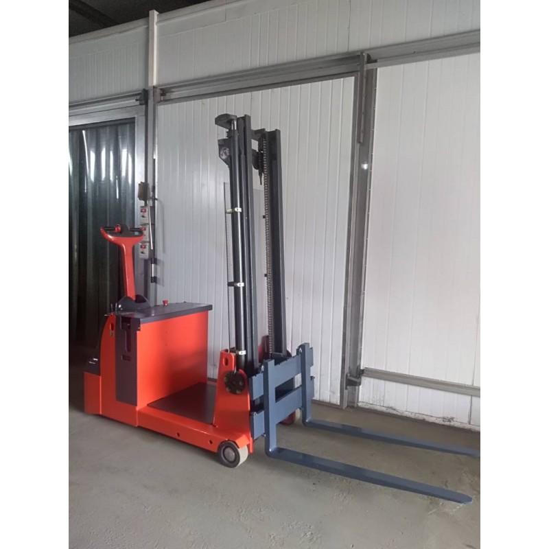 Штабелер електричний   LINDE L 12  1,2т 3,7 м