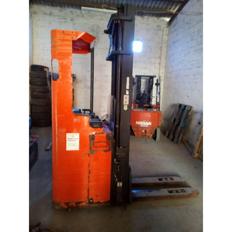 Штабелер електричний самохідний TOYOTA BT7SSL160 6.3м-висота підйому 1,6 т
