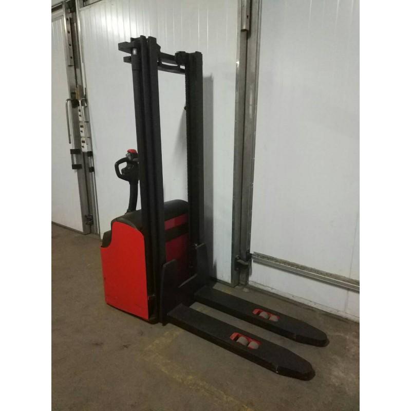Штабелер електричний самохідний Manitou Log 2010р 1400кг 3,4м Нова АКБ