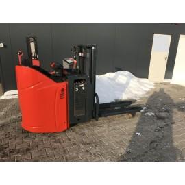 Штабелер електричний самохідний LINDE L 12 L SP 2011р 1,2 т 1,9 м!