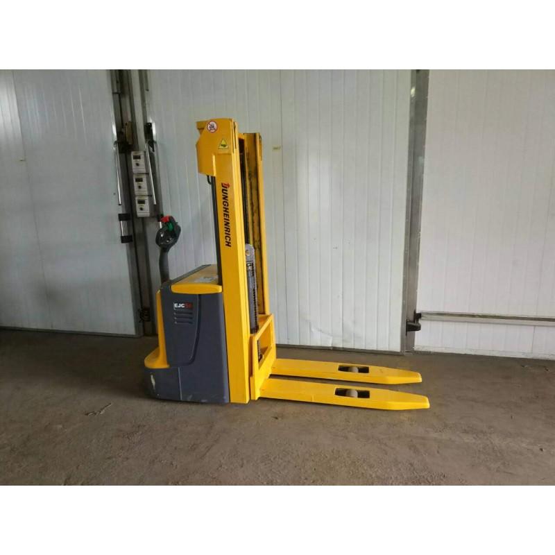 Штабелер електричний повідковий Jungheinrich EJC 16 1,6т 4.6м