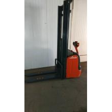 Штабелер электрический поводковый LINDE L14 1,4т 5,4м